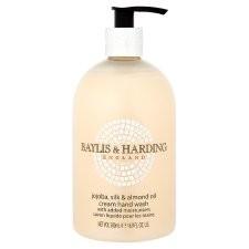 Baylis and Harding Jojoba Silk and Almond Oil Hand Wash 500ml